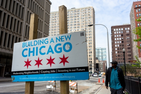 Chicago - Building a New Chicago Sign